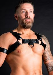 ruff GEAR Double Tone Leather Bulldog Harness Black